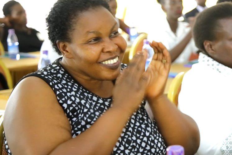 Delight produceert en verkoopt fruitsappen in Oeganda. Zij bouwen een eigen fabriek om onafhankelijker van buurlanden te worden. Ondersteun hen!
