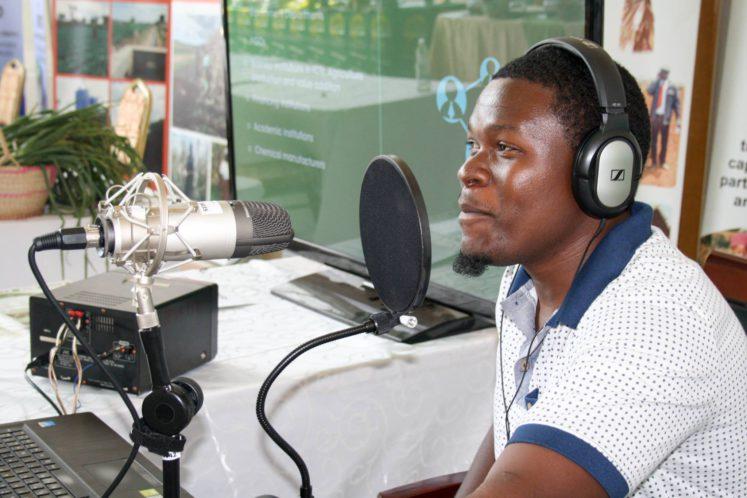 informatieve-radio-helpt-boeren-vooruit